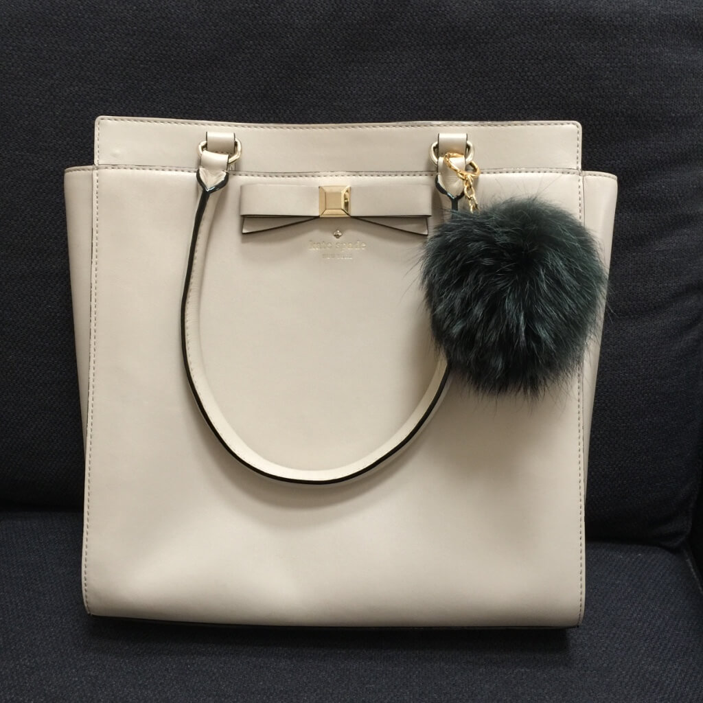 michaelkors-pompom-green-fox-fur-bag-charm-kate-spade4