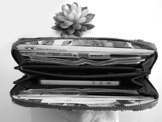 Wallet Full
