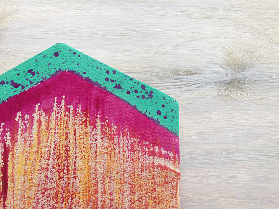 Color Clutch Close-up