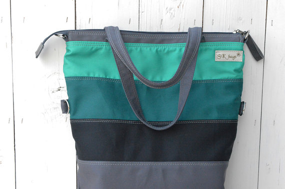 Teal Messenger Close