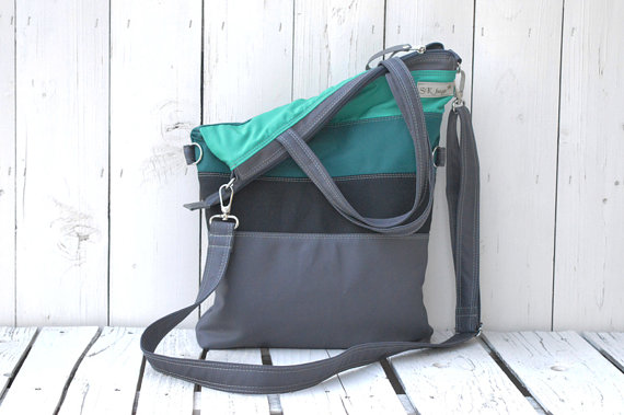 Teal Messenger Front