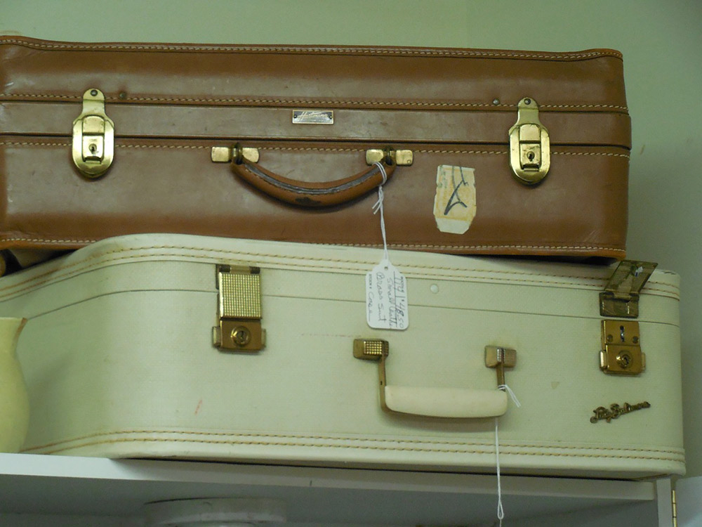 how to store your designer handbags
