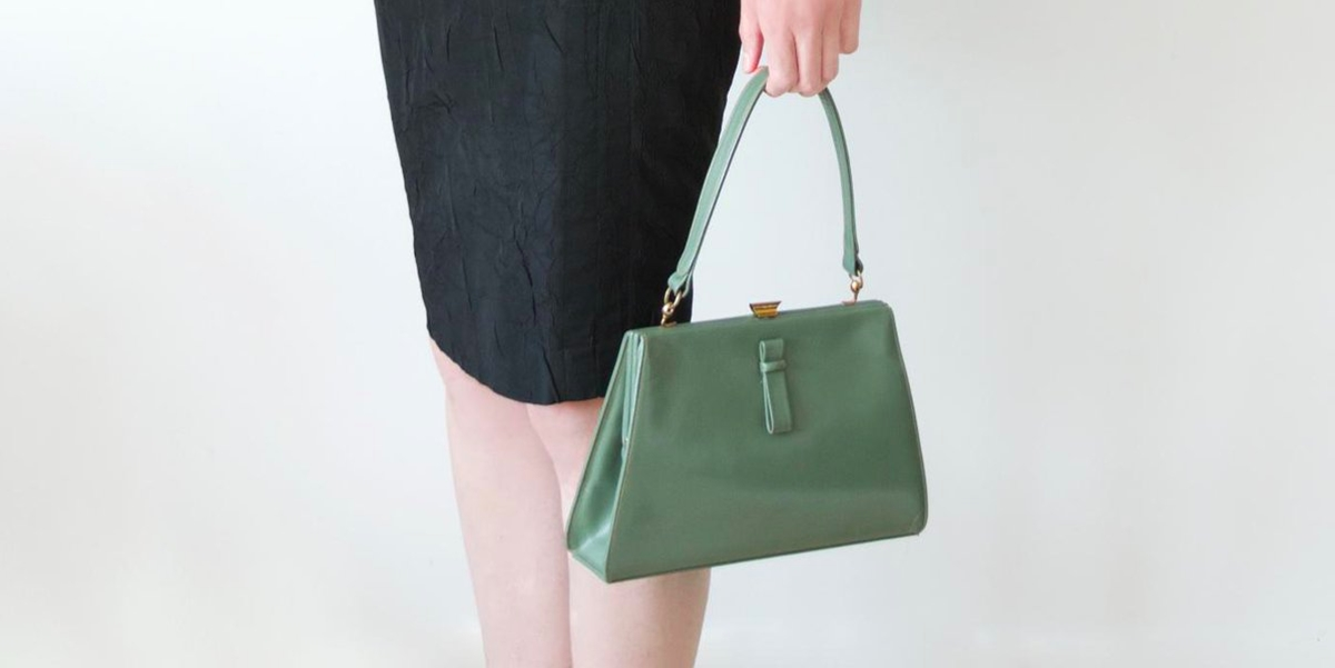 vintage mint green purse