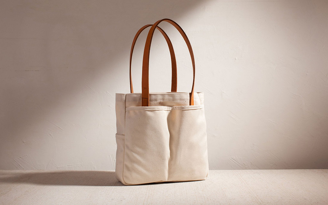 joshu vela cotton twill small utility tote natural quarter