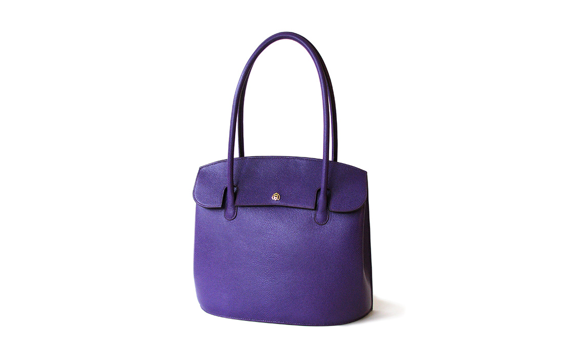 Bea-Bag-in-cassis-french-grain-calf