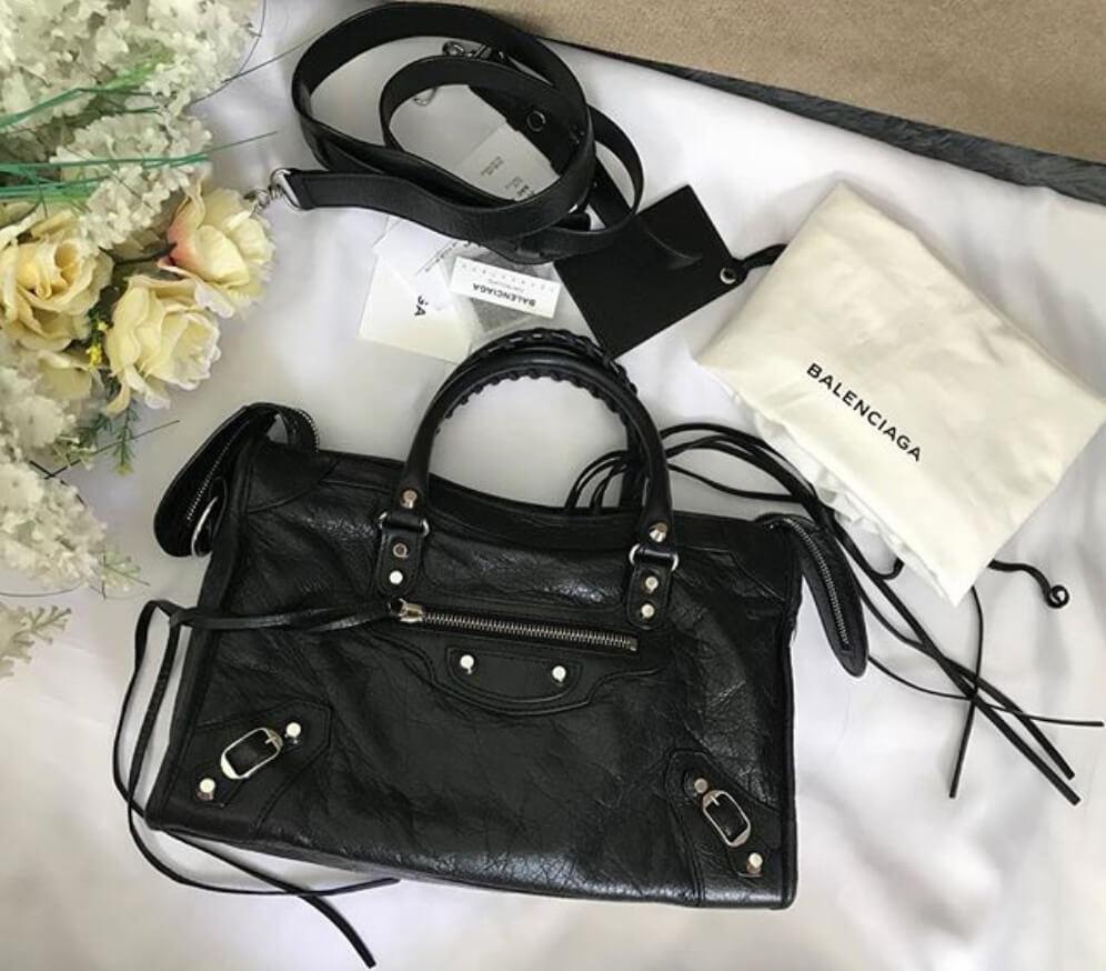 balenciaga-papier-black-handbag